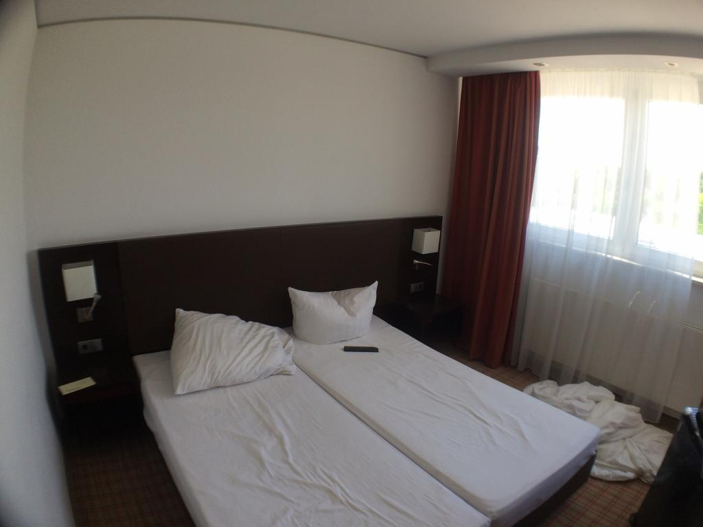 Select Hotel Feringapark
