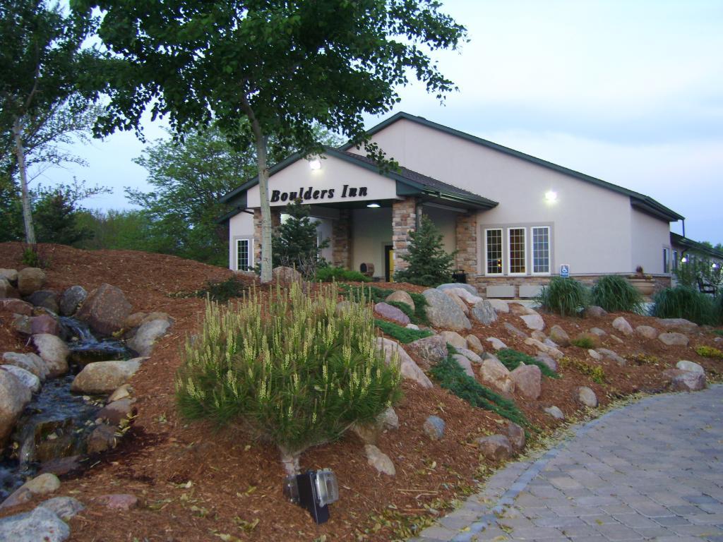 Boulders Inn