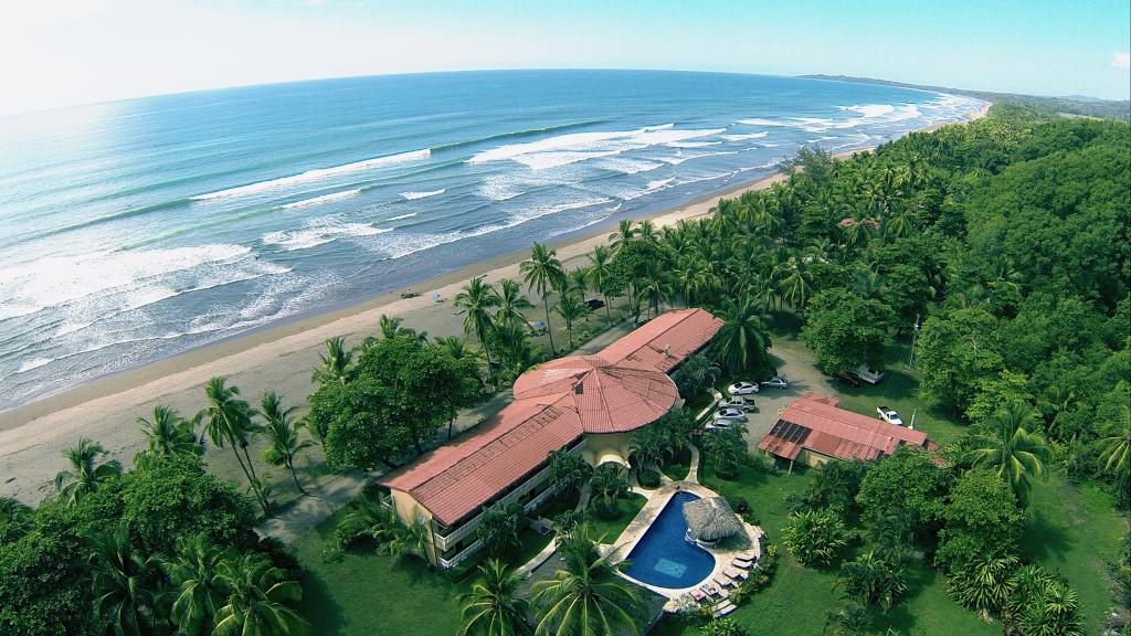 Hotel Delfin Beachfront Resort