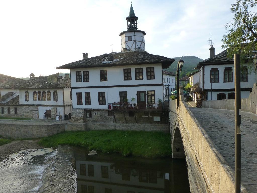 Zograf Inn