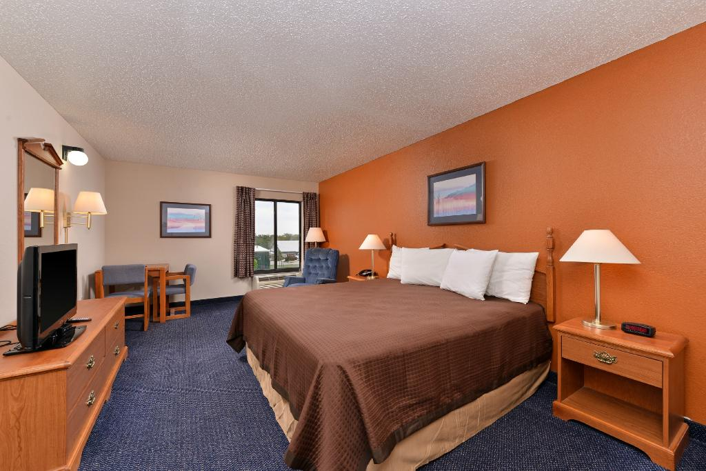 Americas Best Value Inn & Suites-Manor/Austin East