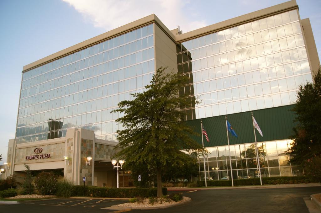 Crowne Plaza Tulsa Southern Hills