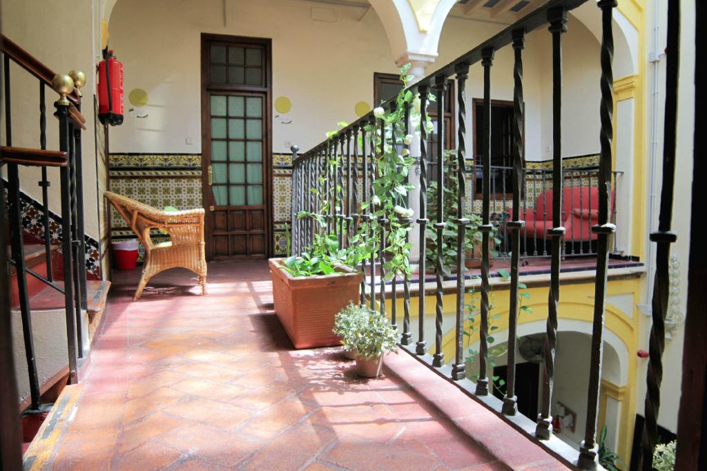 Traveler's Inn Seville