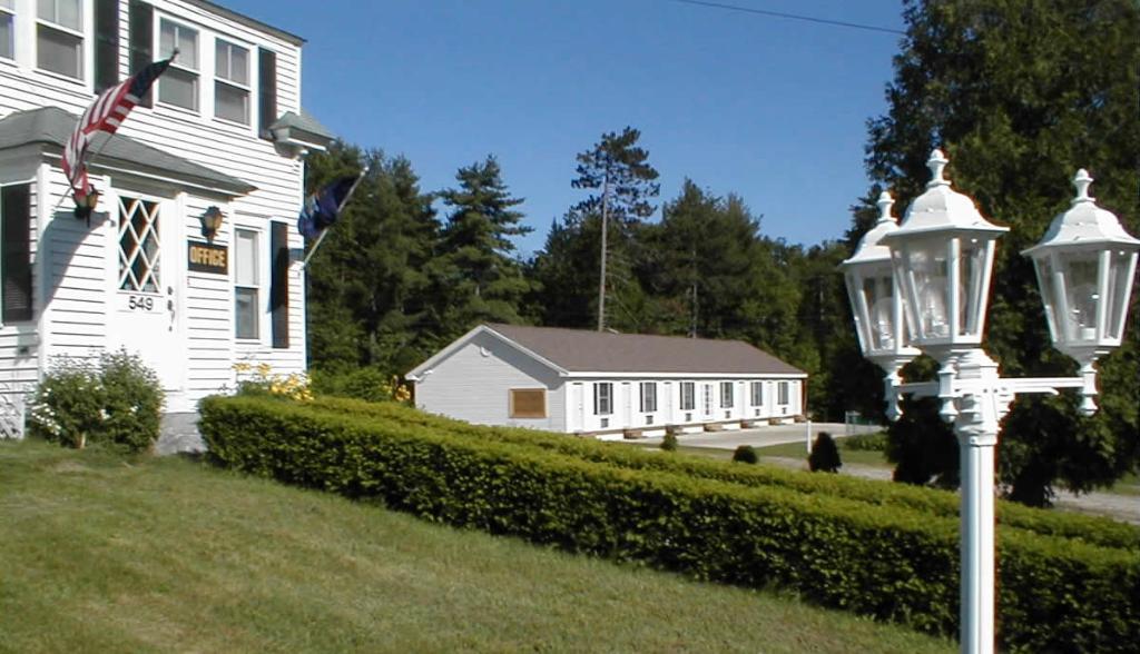 Maplewood Inn & Motel