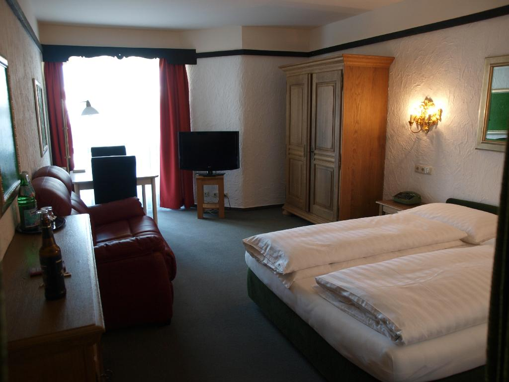 Contel Hotel