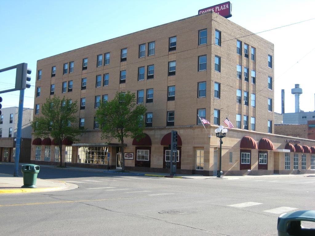 Coates Plaza Hotel