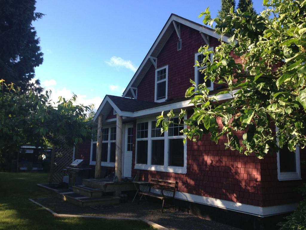 The Lanfear Guest House