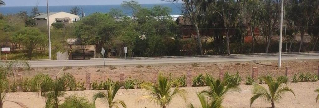 Tavarua Hotel