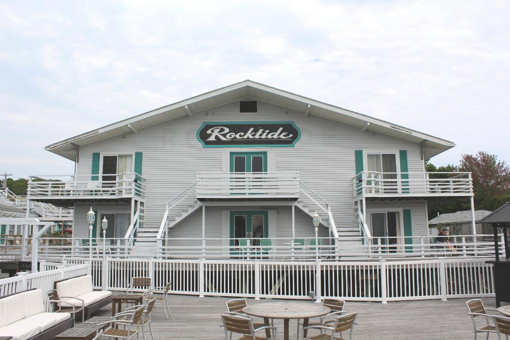 Rocktide Inn