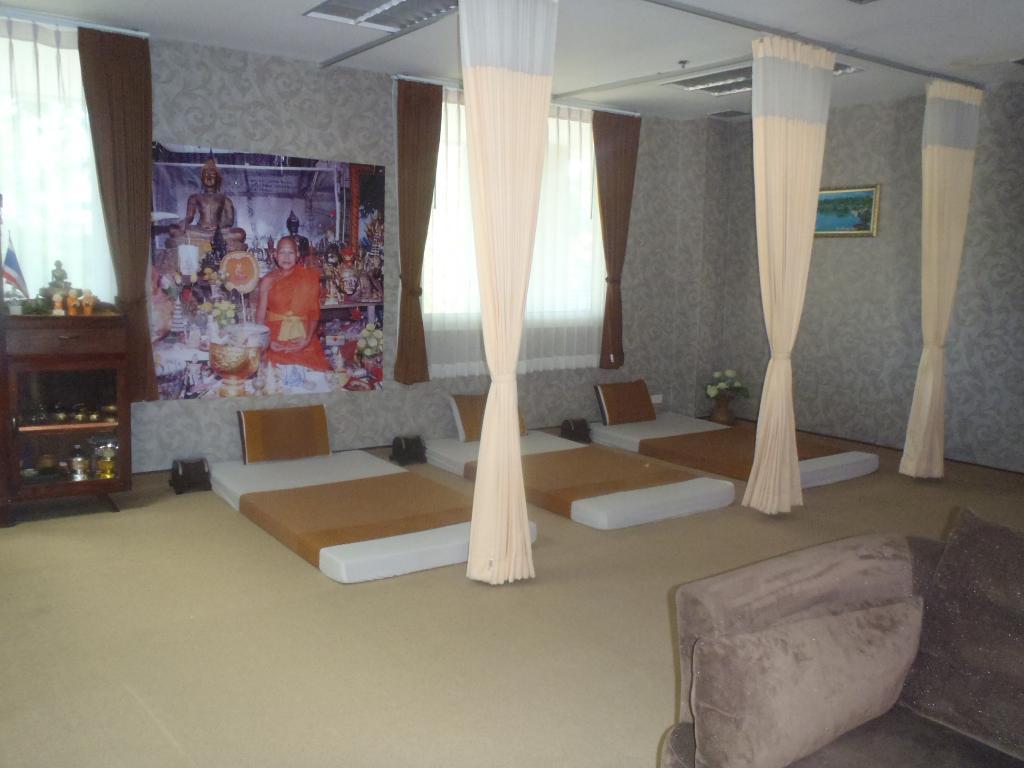 Wangchan Riverview Hotel