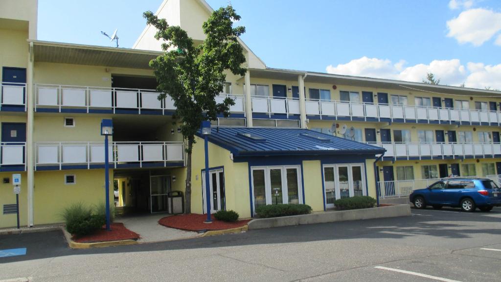 Motel 6 Philadelphia,PA-Brooklawn