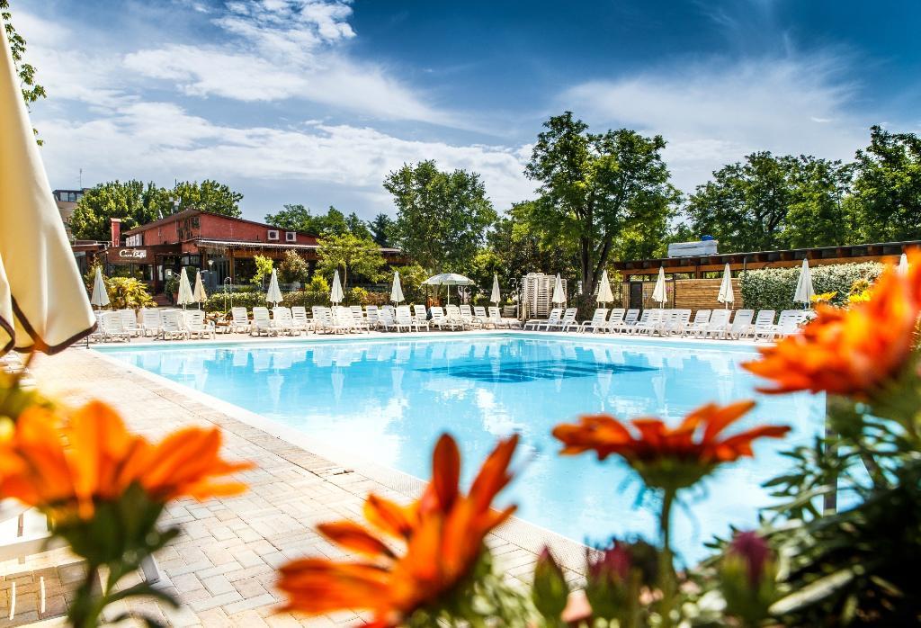 羅馬野營旅館