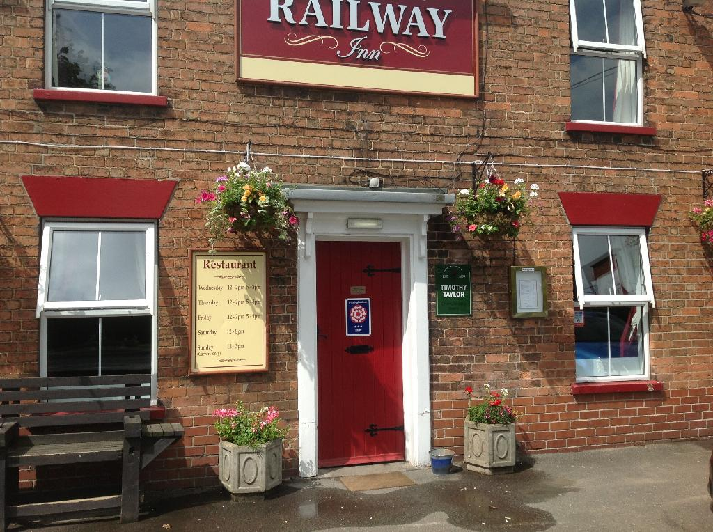 ‪The Railway Inn‬