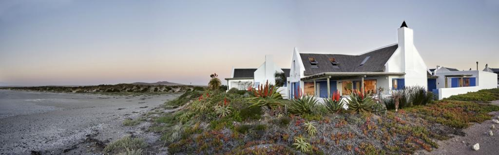 Zula Beach House and Cottage