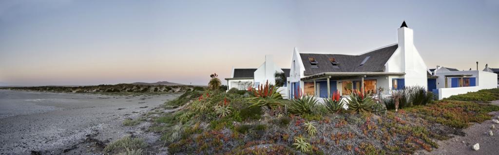 Zula Beach House and Cottage