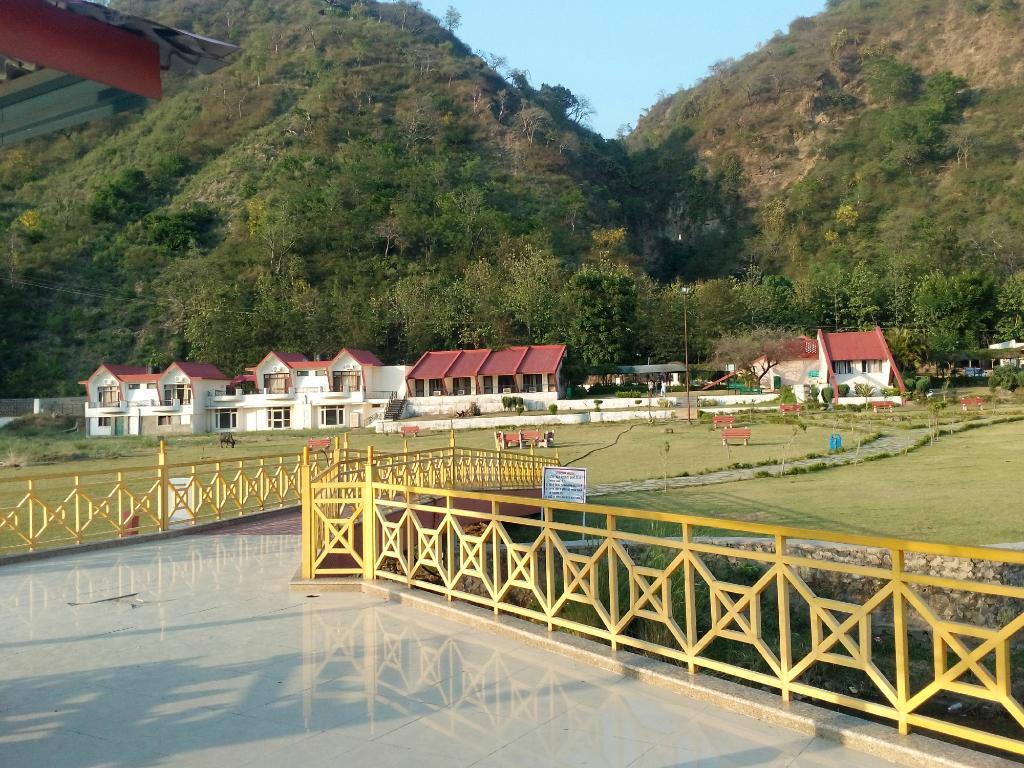 Tikkar Taal Tourist Complex