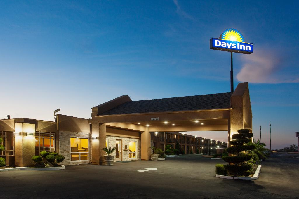 Days Inn Gateway to Yosemite