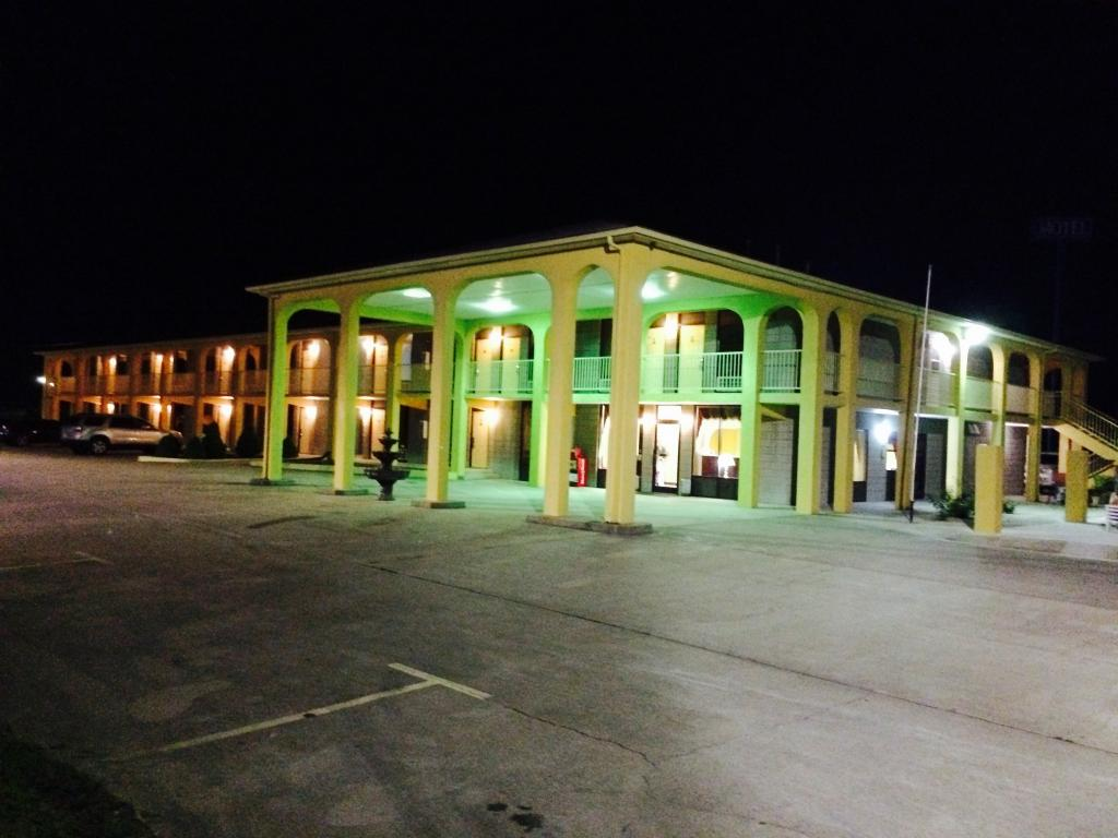 Executive Inn Scottsville