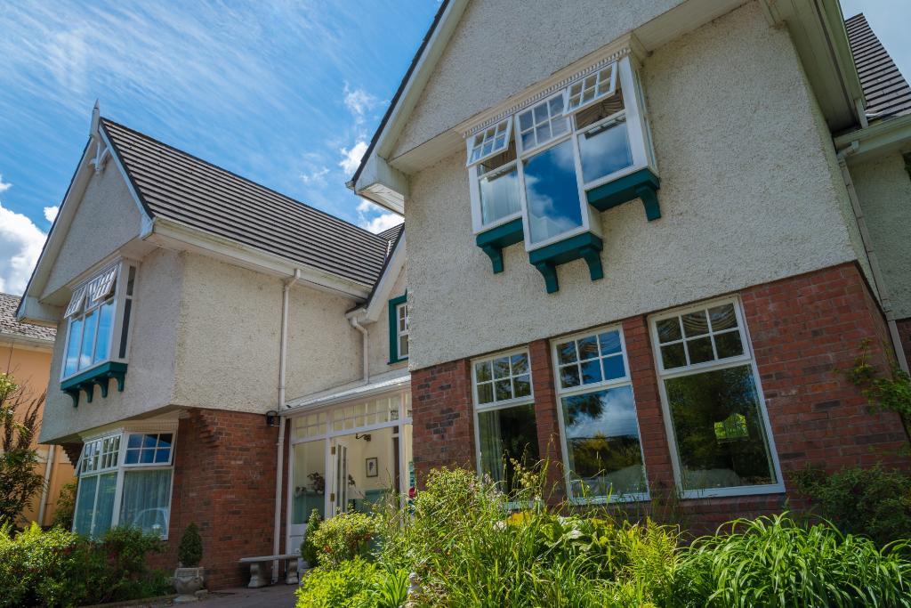 Fuchsia Guest House