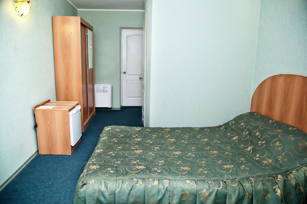 Nikotel Hotel