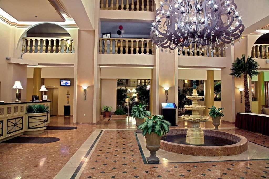 Embassy Suites by Hilton Indianapolis - North