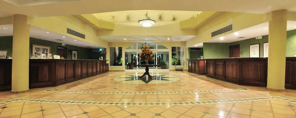 Los Marlins Suites Hotel