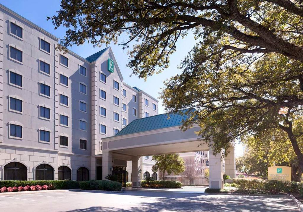 Embassy Suites by Hilton Houston - Near the Galleria