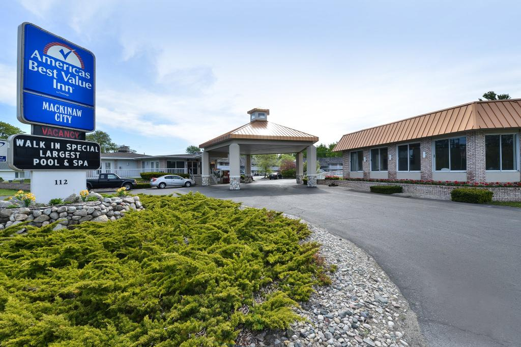 Americas Best Value Inn Mackinaw City