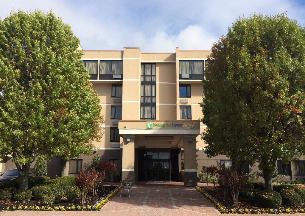 Holiday Inn Aberdeen - Chesapeake House