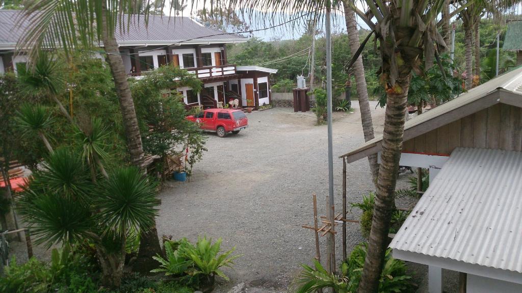 Amihan Aplaya Lodge