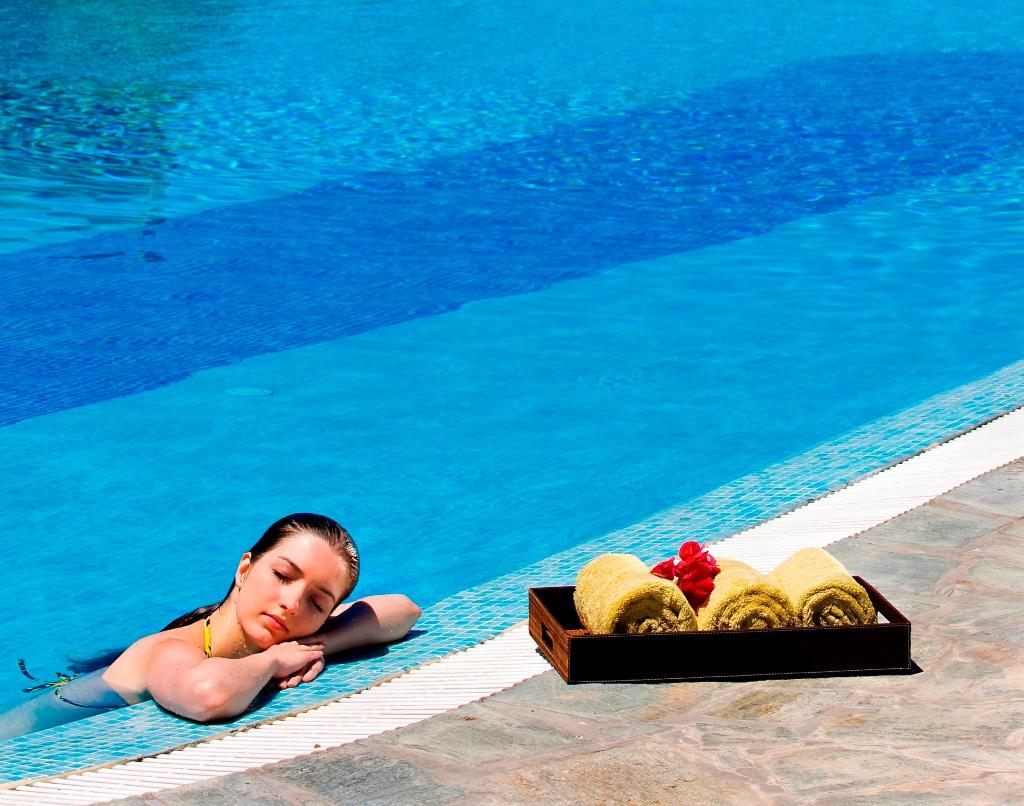 Yria Hotel Resort