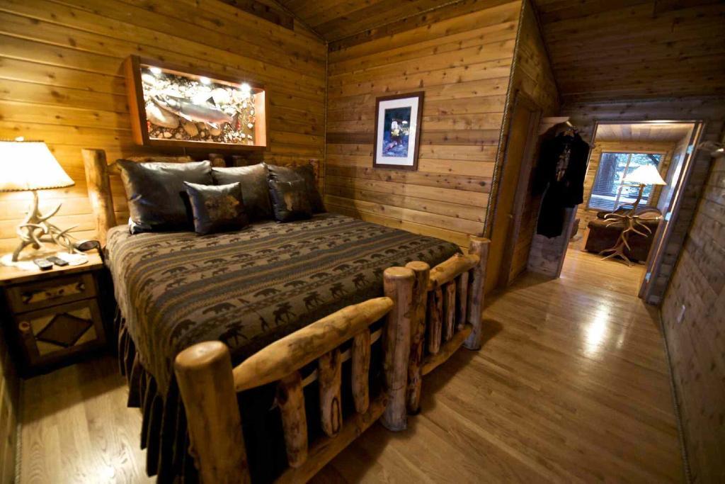 Dove Island Lodge