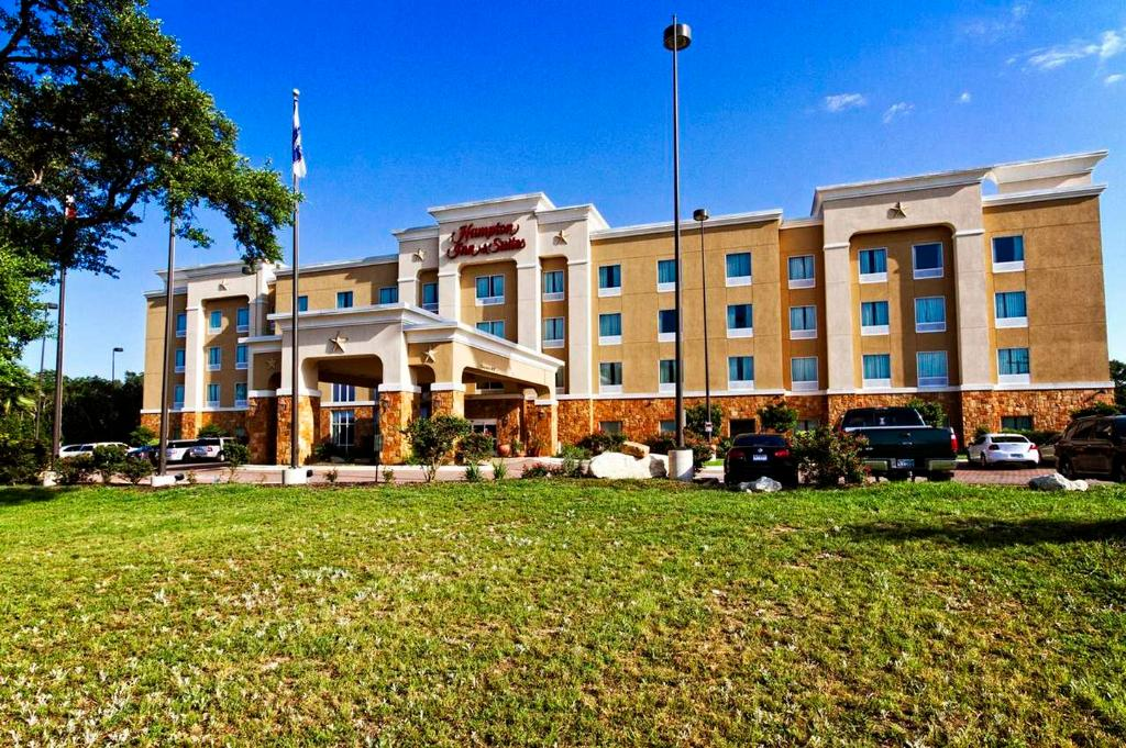 ‪Hampton Inn and Suites Boerne‬