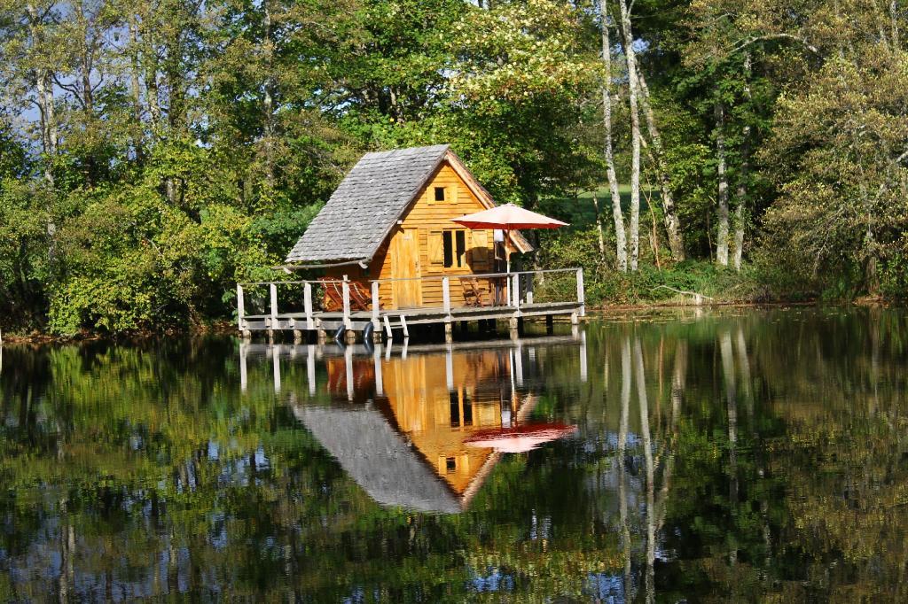 Cabanes Lacustres