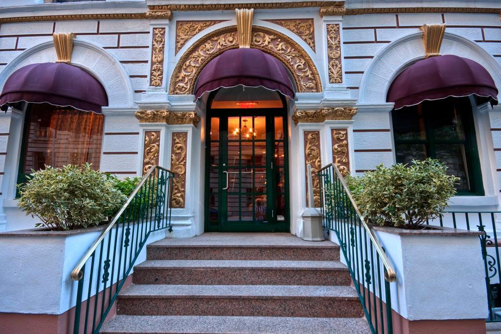 貝爾諾德酒店