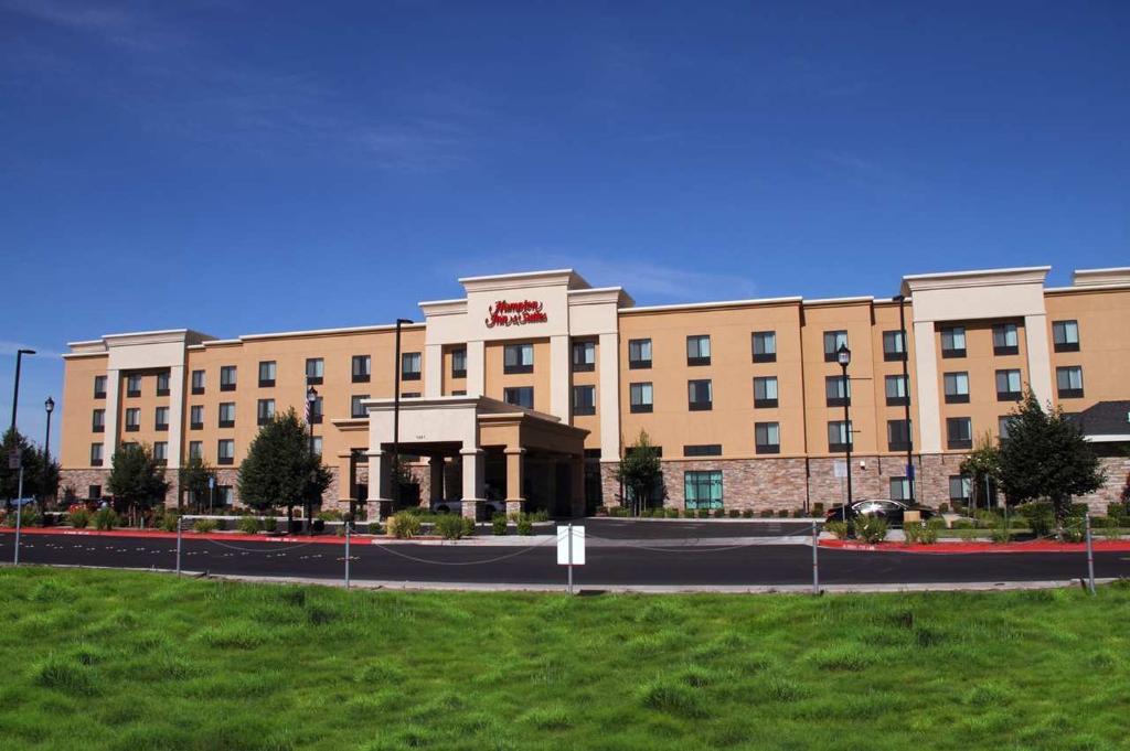 Hampton Inn & Suites Manteca