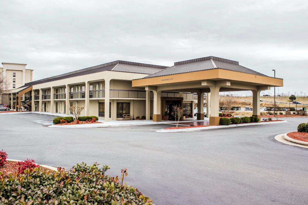 ‪Quality Inn Roanoke Rapids‬