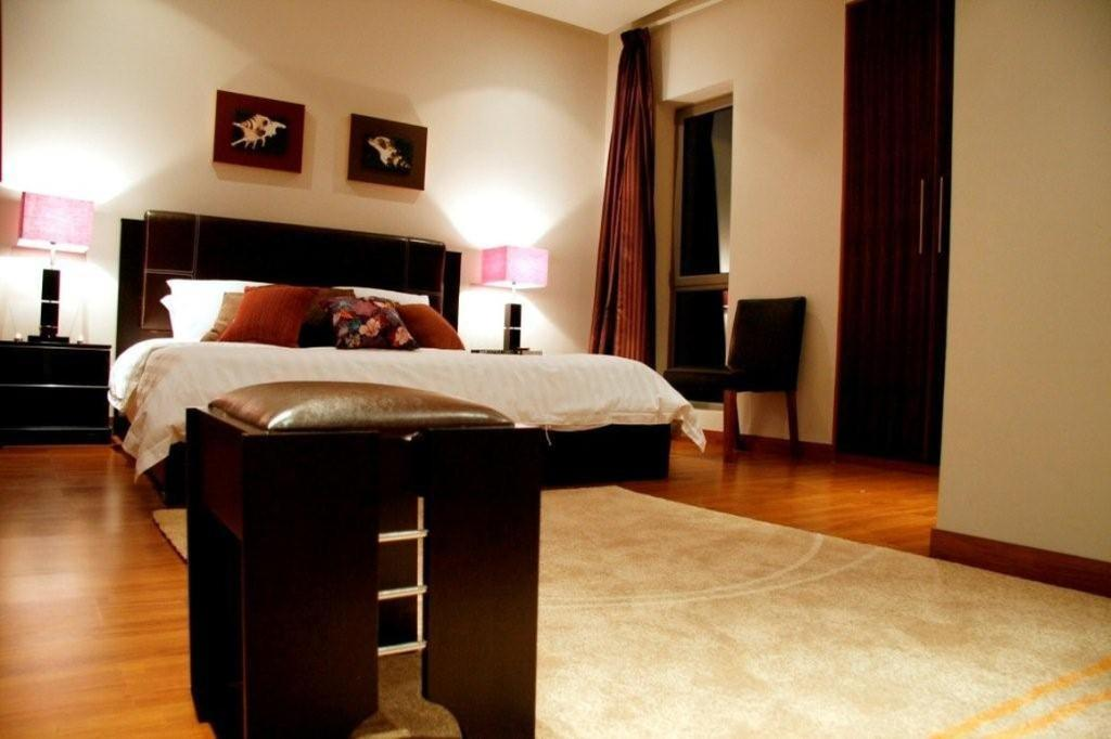 Dragon Hotel & Resort