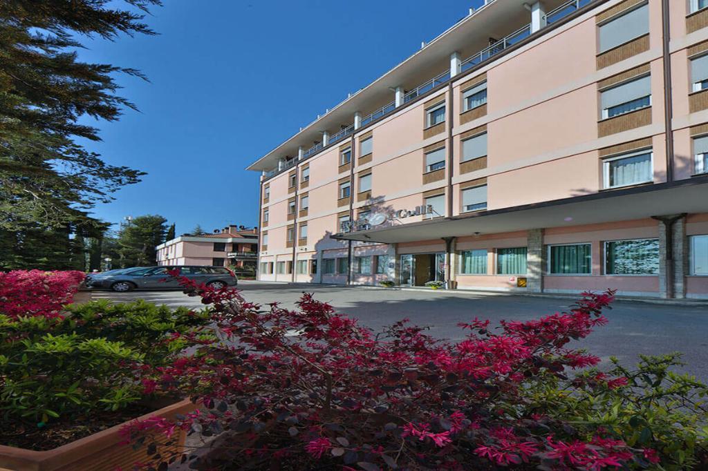 โรงแรมคอลลิ