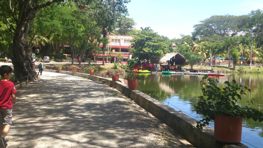 Hotel Lago Tours