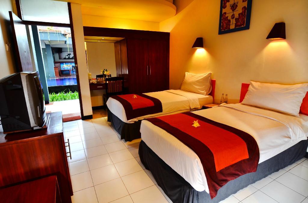 Yani Hotel