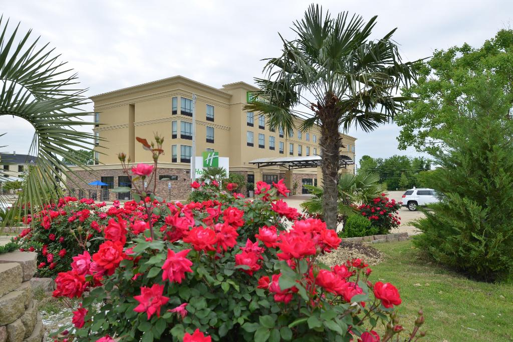 Holiday Inn Montgomery Airport South