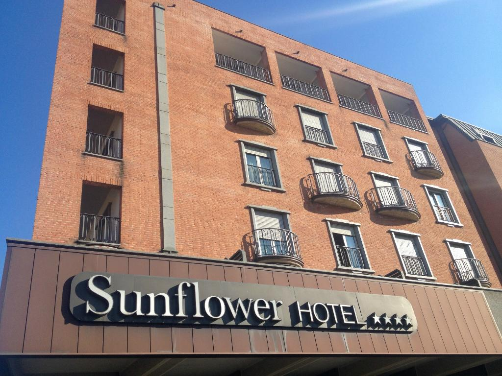 ‪Hotel Sunflower‬