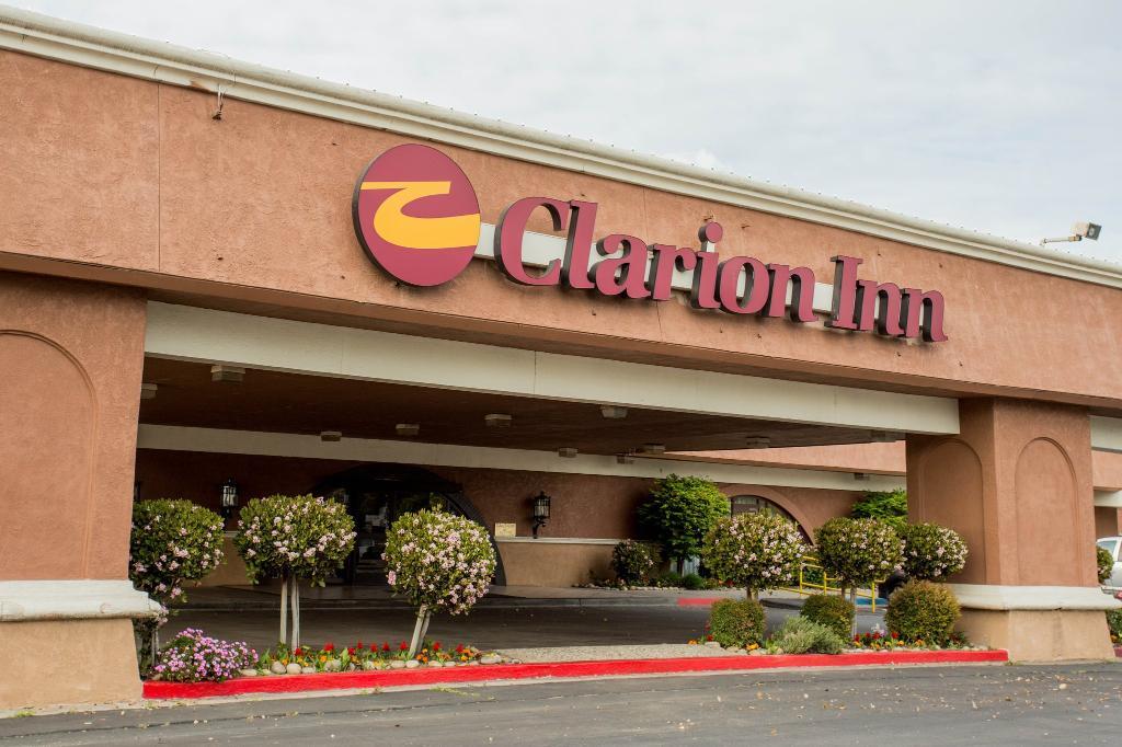Clarion Hotel Modesto