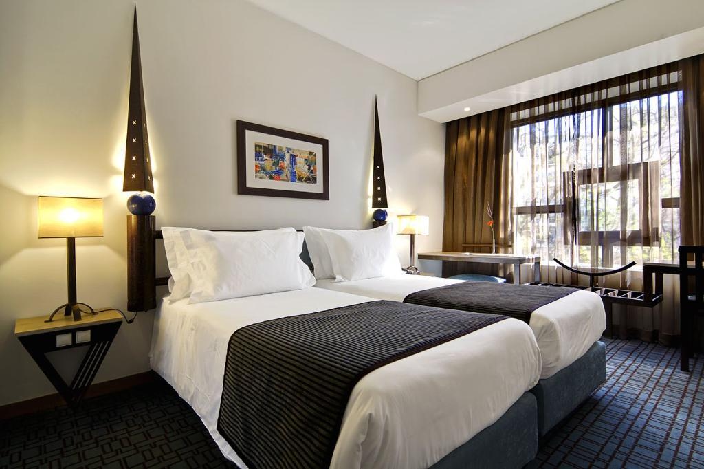 โรงแรมซานาเอ็กซ์คูทีฟ