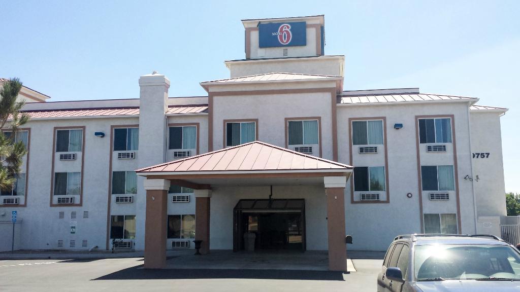Motel 6 Hesperia