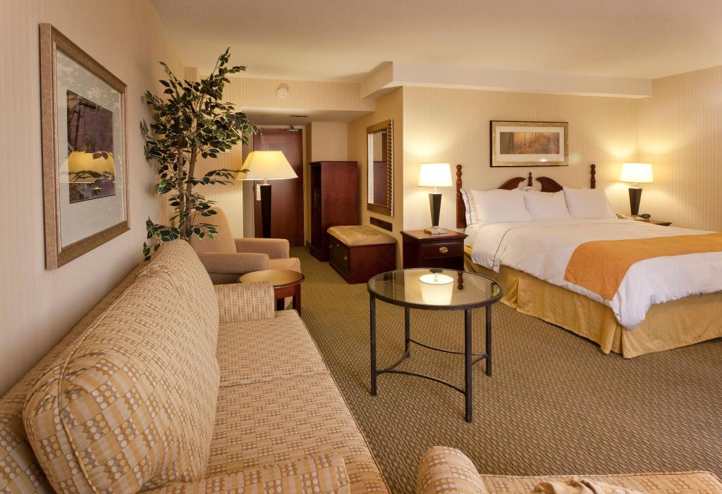 Hilton Garden Inn Reagan National Airport Hotel