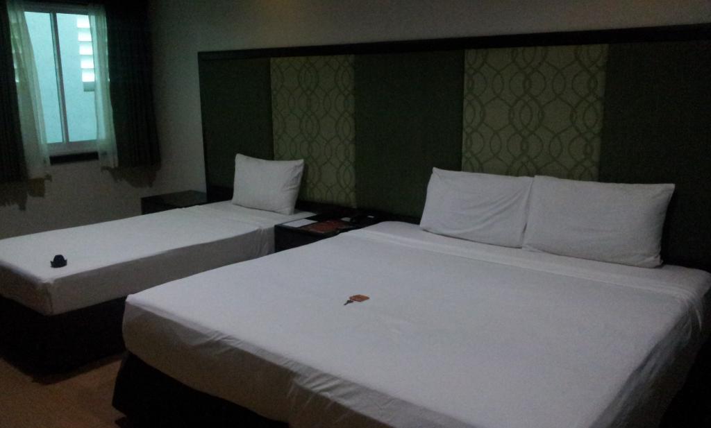 La Piazza Hotel & Convention Center