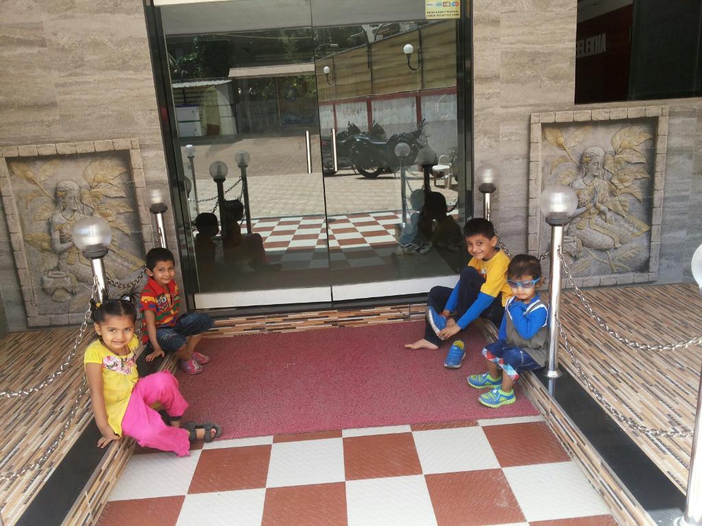 Srilekha Hotel