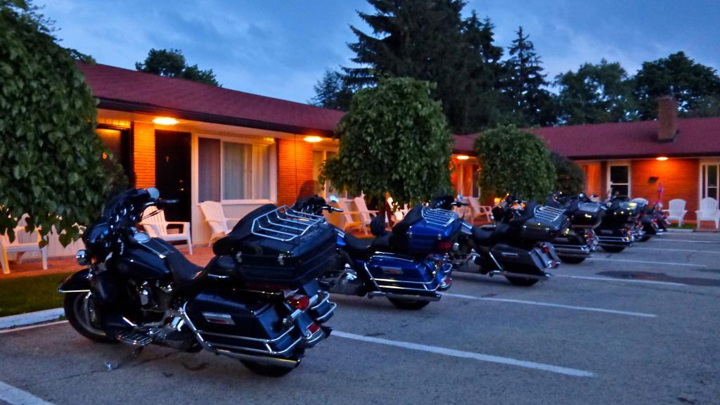 Crystal Beach Motel